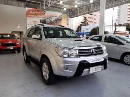 Toyota 2011/2011 Hilux Sw4 Srv 3.0 diesel 4x4 Automatico 7 lugares bem conservada