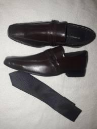 Sapato social de couro Colombo