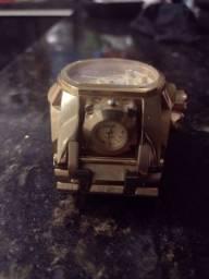 Troco em celular ou TV relógio invicta magnum original $ 500