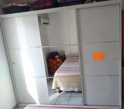 Guarda roupa 3 portas com espelho