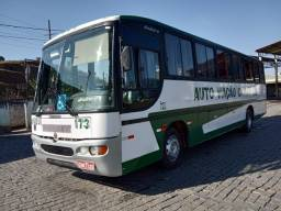 Ônibus Rodoviário motor dianteiro