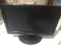Vende-se um Monitor