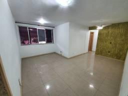 Apartamento 2 qtos em Jardim Sulacap próximo ao Shopping Sulacap