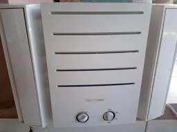 Ar condicionado Springer de janela 7500btus(revisado)