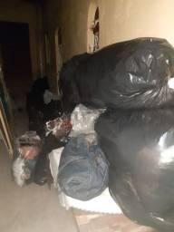 Roupas usadas são 28 sacos