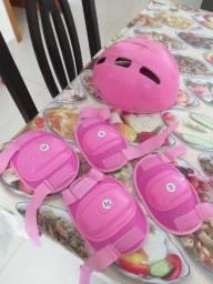 Kit capacete, joelheira e cotoveleira infantil