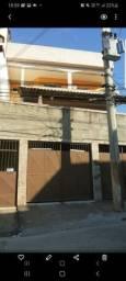 Casa 2 quartos com garagem mto nova