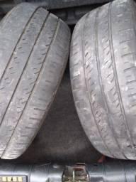 Dois pneus bons 195 /55/15