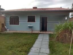 Linda casa com 3 quartos  em  Paranaguá