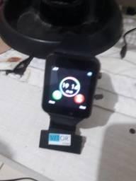 Verdo esse  relógio inteligente  com chip