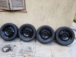 Pneu Bridgestone com roda aro 16