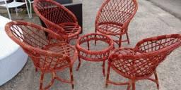 Cadeira DOLORES com mesa de centro
