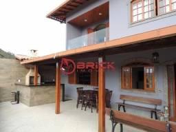 Ótima casa duplex com 4 quartos sendo 1 suíte, Teresópolis/RJ