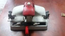 Máquina para cópia de chaves