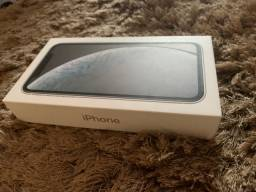 IPhone XR 128 GB (com nota fiscal )