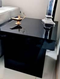 Mesa de Canto quadrada Laqueada