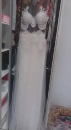 Vende-se Vestido de Noiva Novo