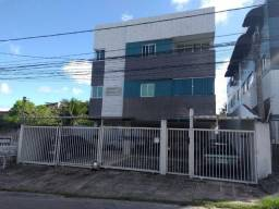 Apartamento em Jaguaribe