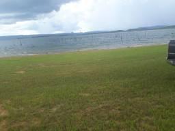 Terreno com acesso exclusivo ao lago