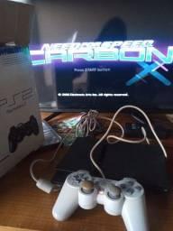 PS2 9 MESES DE USO NA CAIXA