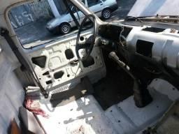 Título do anúncio: Vende Chevrolet custon 11000