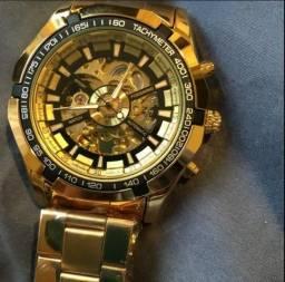 4bc7671269b Relógio importado!
