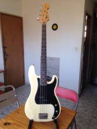Baixo Squier / Fender - Precision Bass - 1994