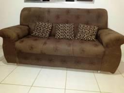Sofá 5 lugares/ Acompanha almofadas
