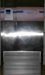 Ultra congelador compacta