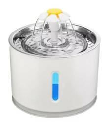 Fonte de agua para cao e gato com led