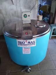 Vendo freezer resfriador de leite