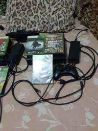 2 Xbox 360 650$ cada preço negociável um controle cada