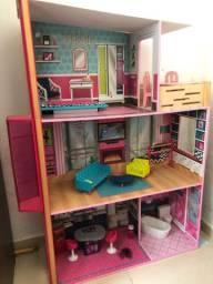 Casa da Barbie seminova
