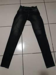 2 calças jeans por 30,00