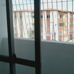 Apartamento em Peixinhos, 02 Quartos