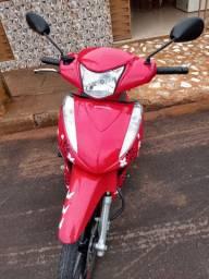 Vende- se uma moto Biz