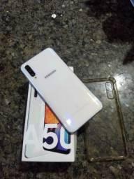 Vendo ou Troco Samsung A50 em Excelentes condições.