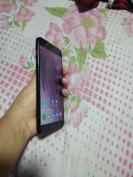Vendo celular J4 350$