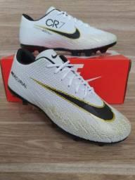 Chuteira Nike Campo White