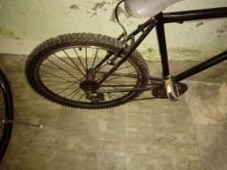 Vendo bike aro 26 R$200 reais