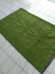 Vendo tapete de grama sintética