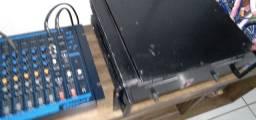 Vendo essa mesa e som e esse amplificador
