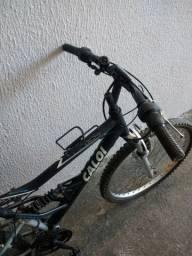 Bicicleta Caloi KS aro 26 quadro de alumínio, com 21 marchas.Conservada