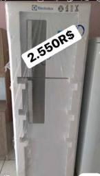 Geladeira Electrolux NOVA nunca usada