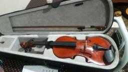 Violino 4x4 semi novo