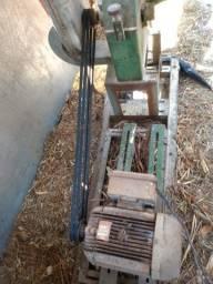 Vendo triturador numero 3 montado completo.. 2700