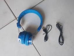 Fone de ouvido Bluetooth semi-novo