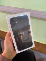 Iphone 11 64 gigas  lacrado com nota