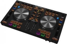 Controladora DJ - Behringer CMD Studio 4A