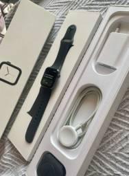 Apple Watch series 4 40mm GPS+CELULAR